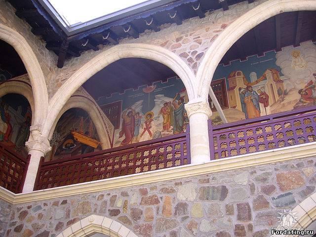 Киккский монастырь в горах Троодос, Кипр